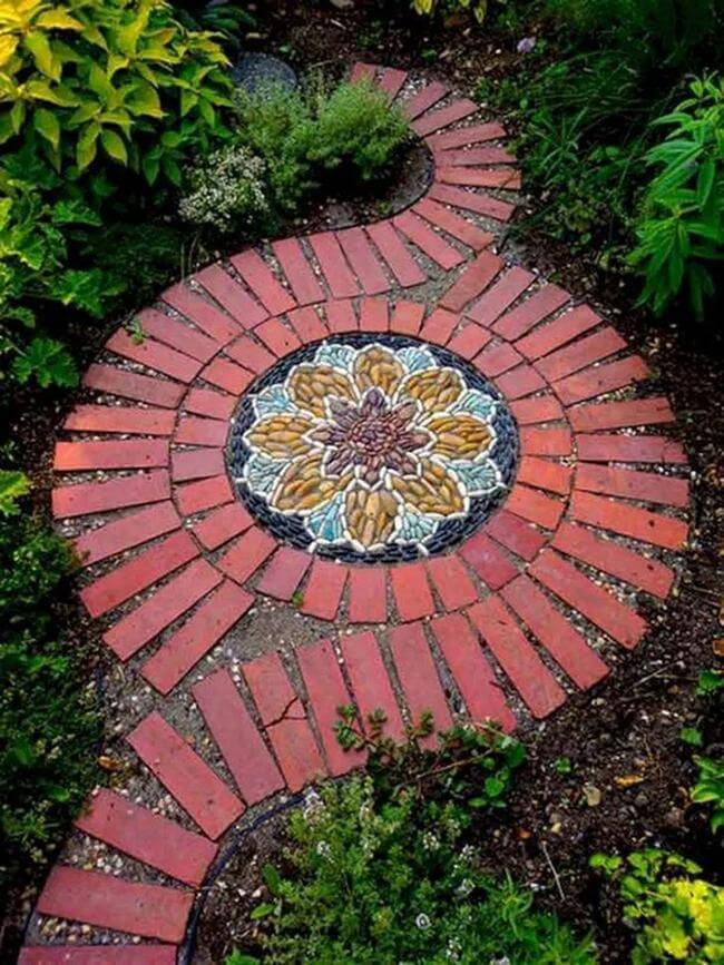 25 Easy-To-Imitate Garden Path And Walkways For Amazing Garden